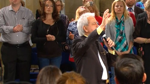 Benny Hinn Ministries: Miracles Happen in God's Presence!